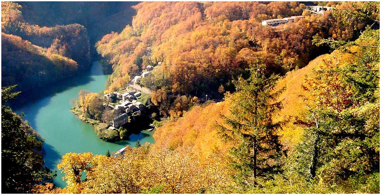Isola Santa, Alpi Apuane nel nord della Toscana.